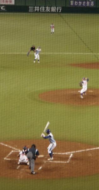 西武ドーム 女子プロ野球 投げるピッチャー